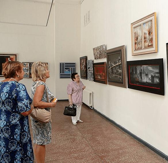 Выставка плакатов и постеров из коллекции Валерия Куприкова